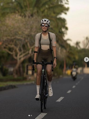 Jersey sepeda artis
