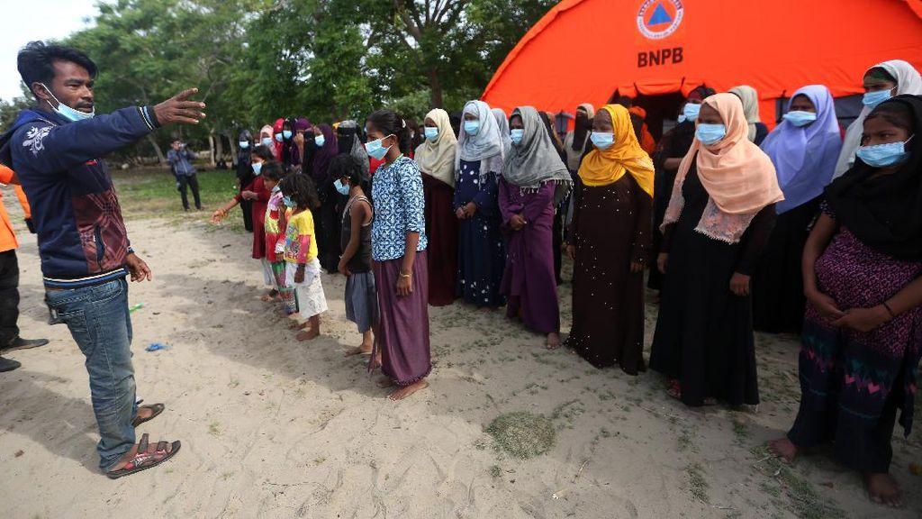 Anggota Komisi I Minta Pemerintah Ajari Pengungsi Rohingya Taati Hukum RI
