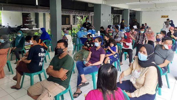 10.390 Penghuni 18 Rusun di Surabaya Jalani Vaksinasi Serentak