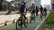 Deretan Kebijakan Anies Manjakan Pesepeda di Ibu Kota
