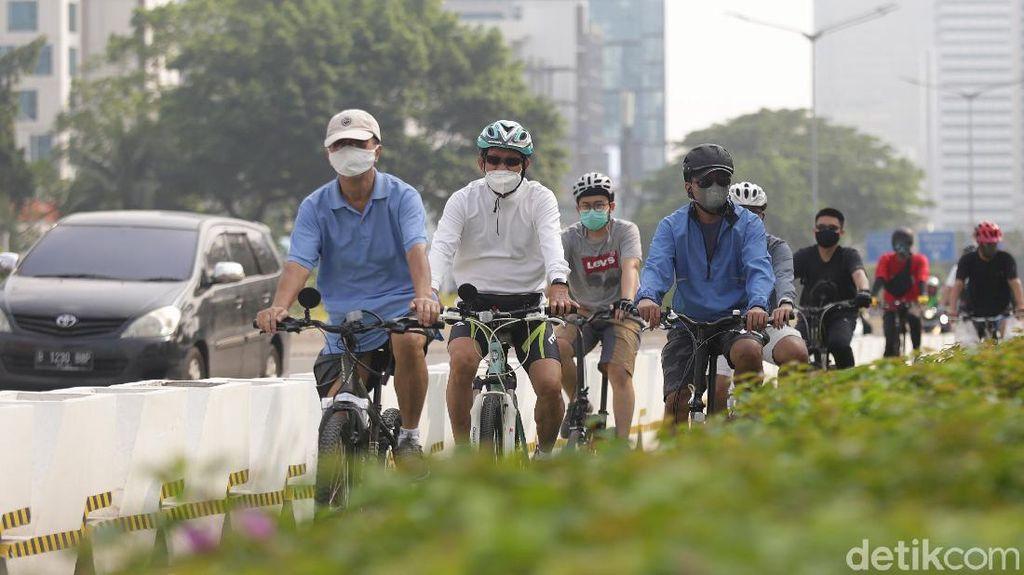 Pesepeda Tolak Wacana Pembongkaran Jalur Sepeda