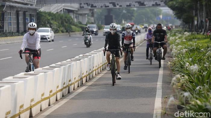 Gubernur DKI Jakarta Anies Baswedan berencana menambah panjang lintasan jalur sepeda di Ibu Kota. Penasaran?