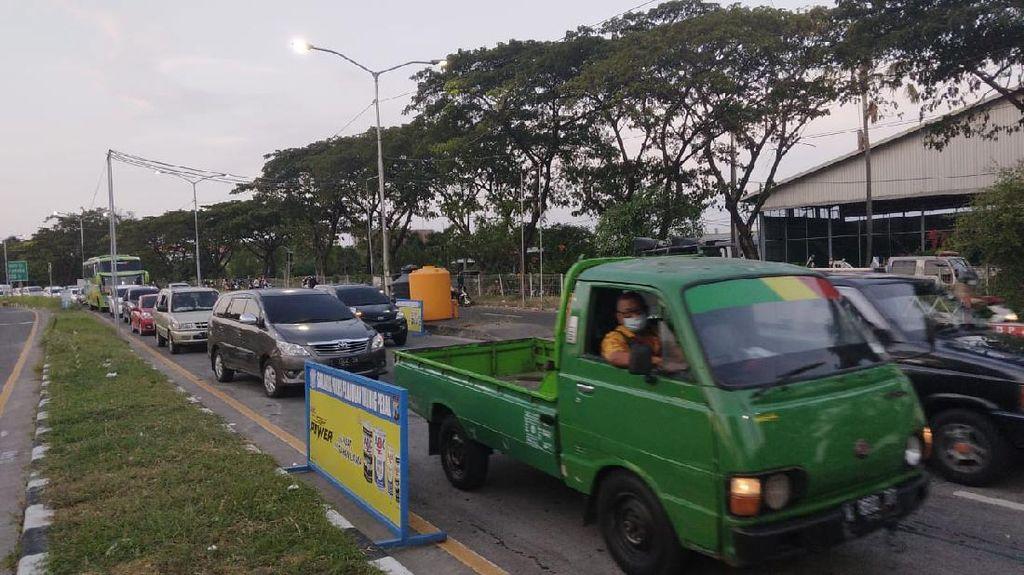 Swab Massal di Suramadu Sempat Membuat Kemacetan hingga 3,5 KM