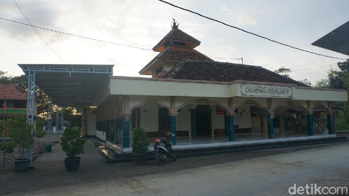 Masjid Jami Baitul Muminin atau Masjid Grogol, Demak.