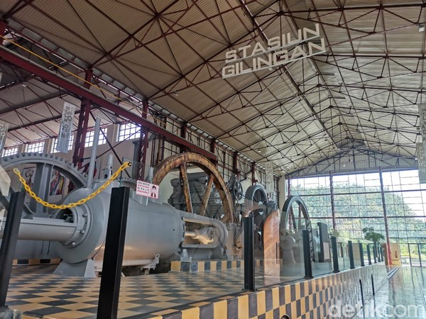 Di dalamnya ada miniatur gambaran keadaan pabrik di zaman dulu. (Aisyah Kamaliah/detikcom)