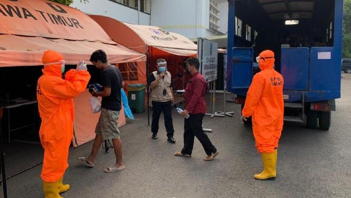 23 Warga Bangkalan Positif COVID-19 Terjaring di Suramadu Dirawat di RSLI