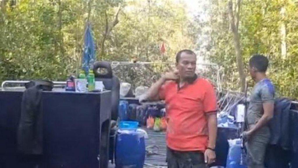 Kapal Hantu Berhasil Dievakuasi dari Lumpur Hutan Bakau, ABK Masih Diburu