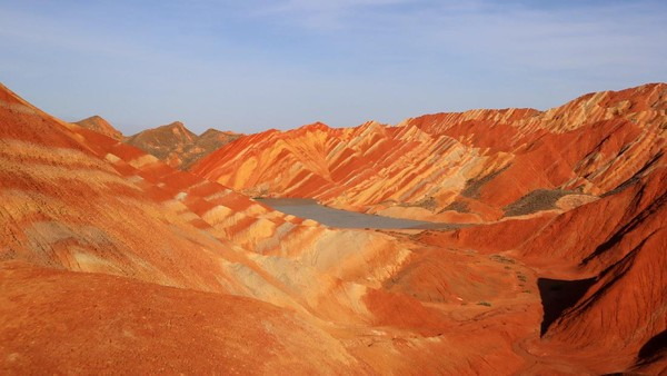 Perbukitan yang berada di perbatasan Gansu-Mongolia Dalam-Qinghai-Tibet itu ditetapkan sebagai Geopark oleh UNESCO.