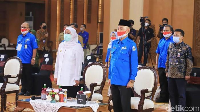Pemprov Jatim membuka Lomba Kompetensi Siswa (LKS) SMK ke XXIX tahun 2021. Kepala Dinas Pendidikan Jatim Wahid Wahyudi menargetkan, siswa SMK Jatim bisa menjadi juara umum.