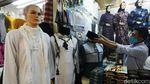 Haji 2021 Batal, Penjualan Perlengkapan Haji di Tanah Abang Sepi