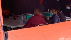 23 Dari 24 warga Bangkalan, Madura, positif COVID-19 PCR dirujuk ke RS Lapangan Indrapura (RSLI).