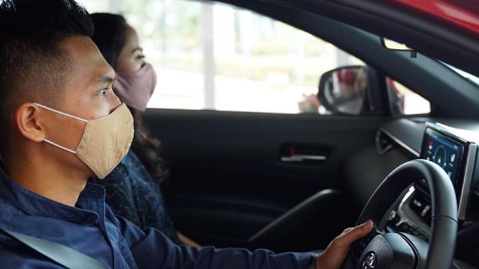 Tips mencegah mabuk saat berkendara dengan mobil