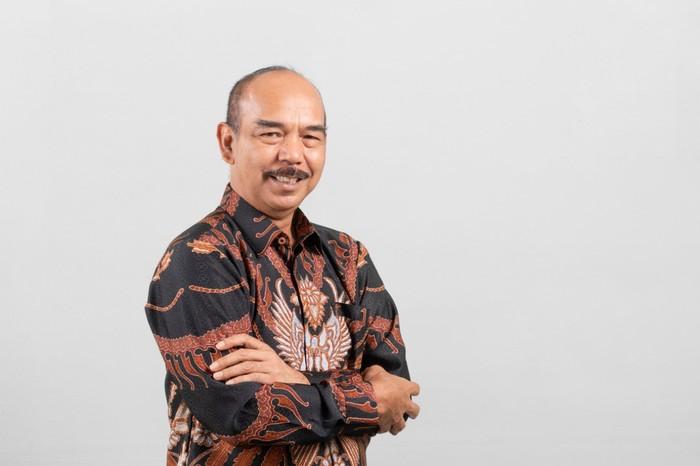 Angger P. Yuwono.