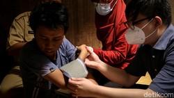 Program vaksinasi massal di Tangerang terus dilakukan. Vaksinasi COVID-19 kini sasar orang dengan gangguan jiwa (ODGJ) dan individu berkebutuhan khusus (IBK).