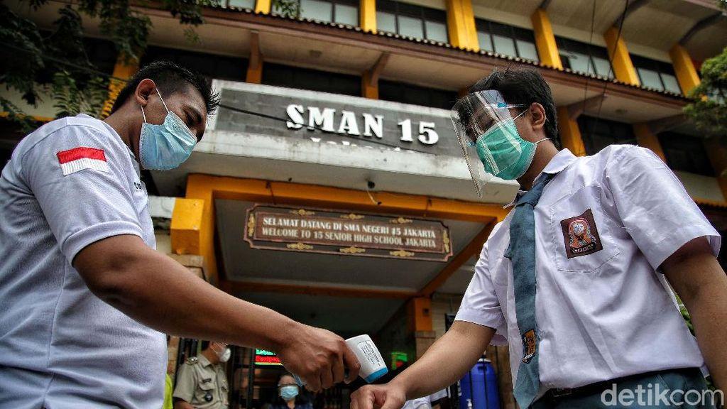 Melihat Simulasi Belajar Tatap Muka di SMAN 15 Jakarta