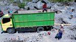 Penambang Sungai Woro Gunung Merapi Mengais Rezeki di Masa Pandemi