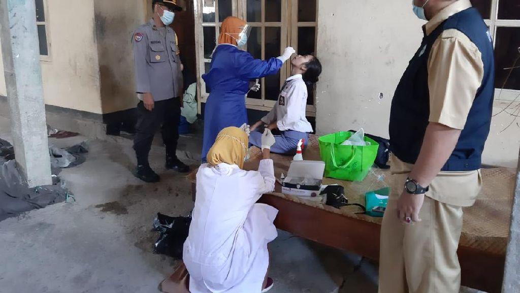 Polsek Janapria Lombok Tegah Tracing Keluarga Positif COVID-19