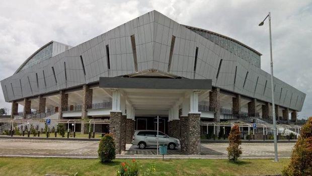 Stadion tertutup di kawasan Mimika Sport Complex akan digunakan untuk arena pertandingan basket pada PON XX Papua, 2-15 Oktober 2021. (ANTARA/Evarianus Supar)