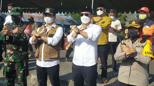 wali kota surabaya eri cahyadi dan Bupati Bangkalan Abdul Latif Imron Amin