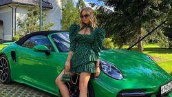 Sosialita Pamer Mobil Porsche Warna-warni, Bikin Netizen Geram