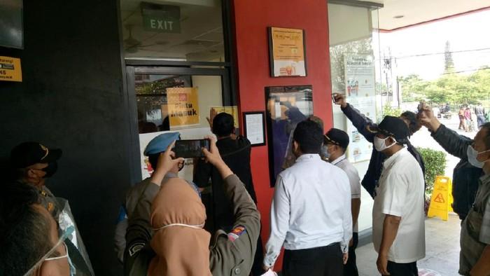Gerai McDonalds di Bandung Disegel