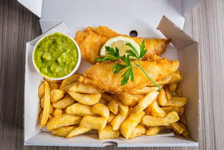 Pria Ini Kaget Bayar Rp 1 Juta untuk 4 Porsi Fish and Chips Keluarganya