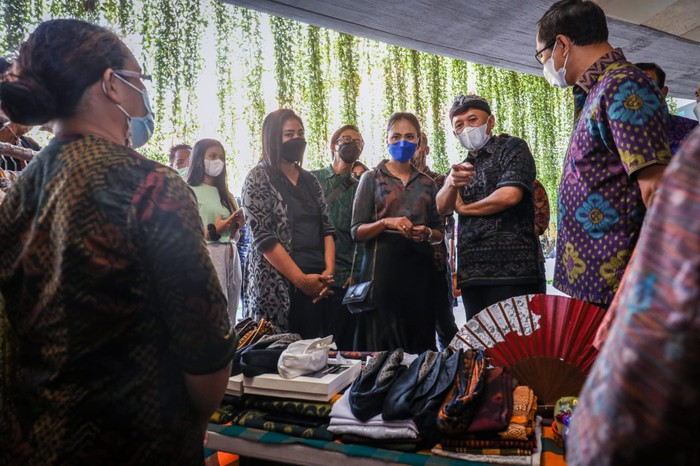 Menkop UKM Dorong Bali Genjot Ekonomi Kreatif & Digitalisasi UMKM