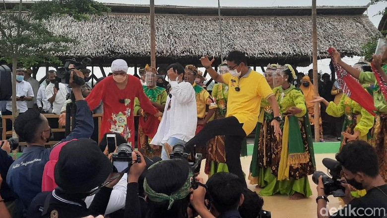 Menparekraf Sandiaga Uno di Desa Wisata Denai Lama