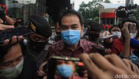 Azis Syamsuddin: AKP Robin Sering ke Rumah Saya, Pakai Name Tag KPK