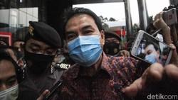 Terkuak soal Bapak Asuh Azis Syamsuddin dari Sidang Eks Penyidik KPK