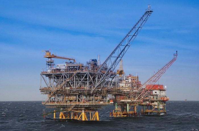 Pengeboran minyak dan gas.