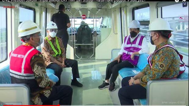 Presiden Jokowi cek perkembangan pembangunan LRT Jabodebek