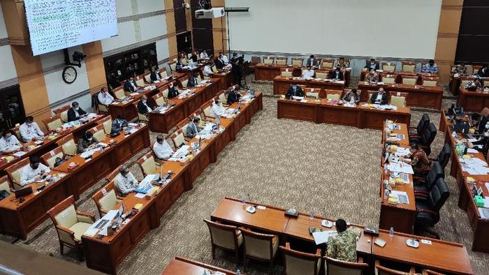 Rapat Menkum HAM Yasonna Laoly dengan Komisi III DPR, Rabu (9/6/2021)-Matius Alfons/detikcom