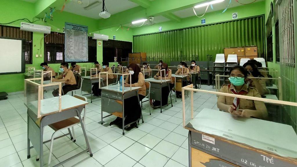 Bahagianya Para Siswa SMAN 20 Jakarta Bisa Kembali Belajar Tatap Muka