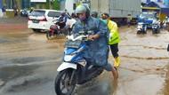 Hujan Deras Semalaman, Sungai Bagong di Banyuwangi Meluap