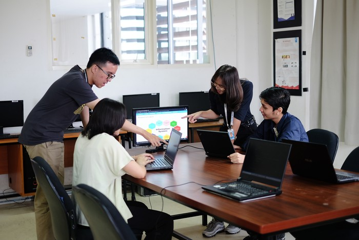 UPJ Bintaro Kembangkan Global but Local (Glocal) IT Talents