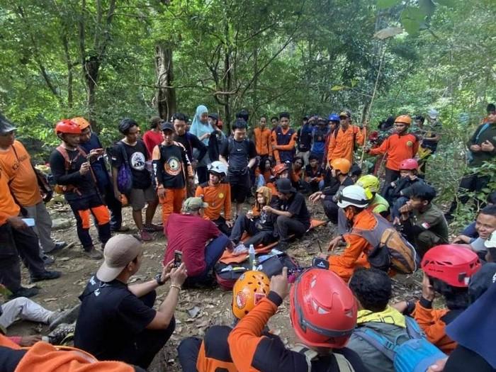 Wanita pendaki yang hilang misterius di Gunung Abbo Maros berhasil ditemukan dalam kondisi selamat (dok Istimewa)