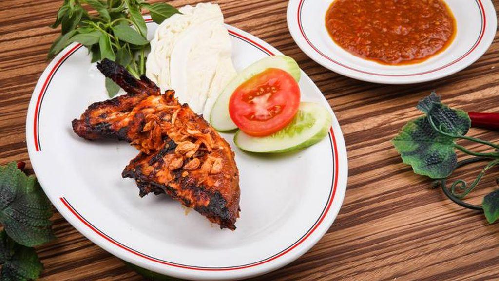 Wargi Bandung! Ini 5 Tempat Makan Ayam Bakar Enak untuk Dicoba