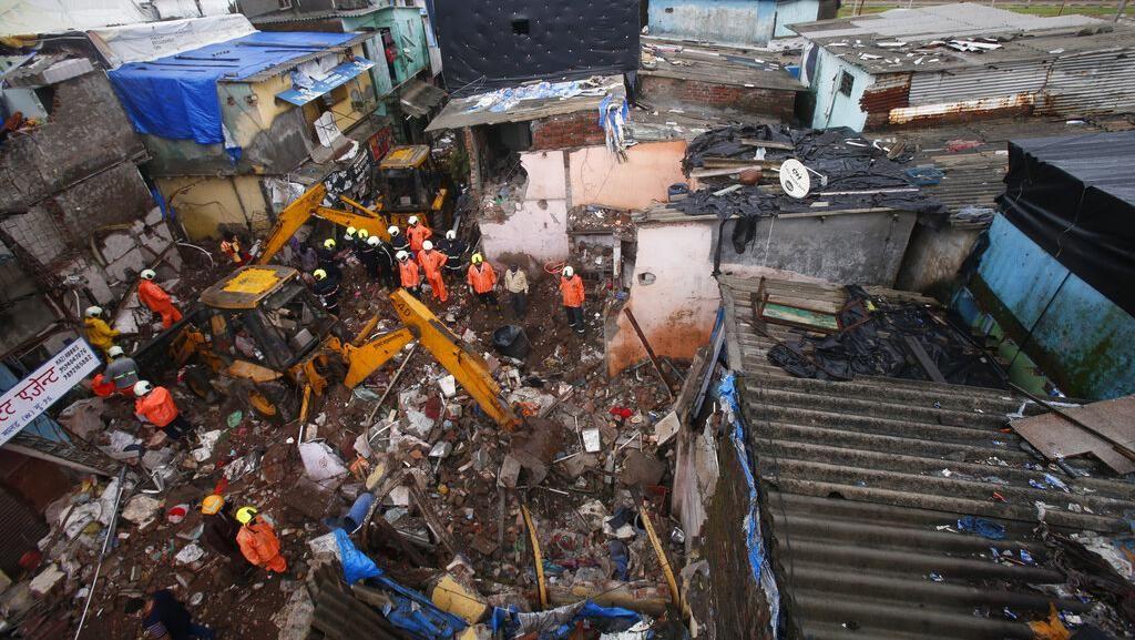 Gedung Pemukiman di India Ambruk, 8 Anak-anak Tewas