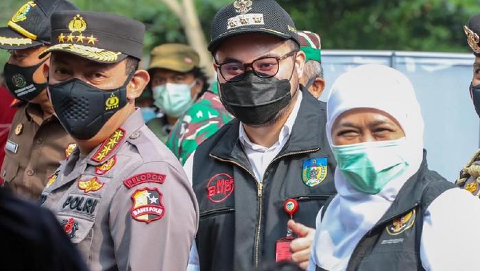 Bupati Kediri Hanindhito Himawan Pramana mengaku siap melaksanakan hasil rapat internal terkait penanggulangan COVID-19. Yakni terus menggenjot vaksinasi COVID-19.