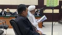 Netizen Pro Kontra Usai Habib Rizieq Divonis 4 Tahun Penjara