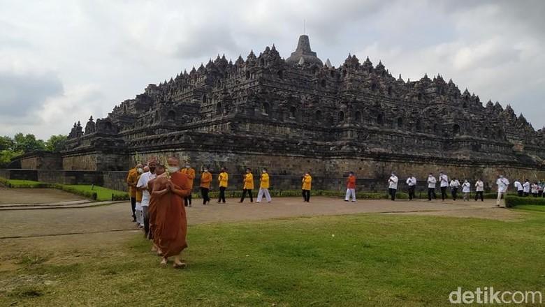 Momen Hari Uposatha di Candi Borobudur, Kamis (10/6)