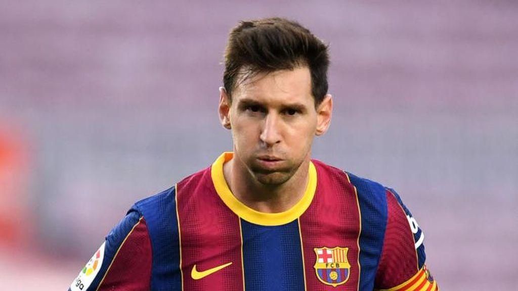 Vidal Enggak Yakin Messi Bakal Bertahan di Barcelona