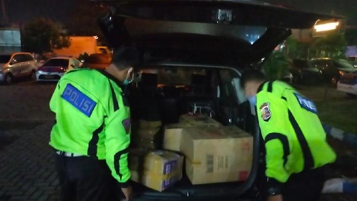 Polisi Gagalkan Penyelundupan Benur di Tangerang