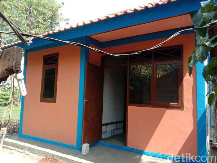 Rumah emak Alem kini layak dihuni setelah diperbaiki Pemkab Karawang