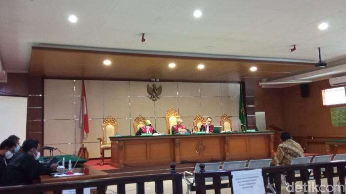Sidang kasus korupsi pengadaan lahan RTH Bandung.