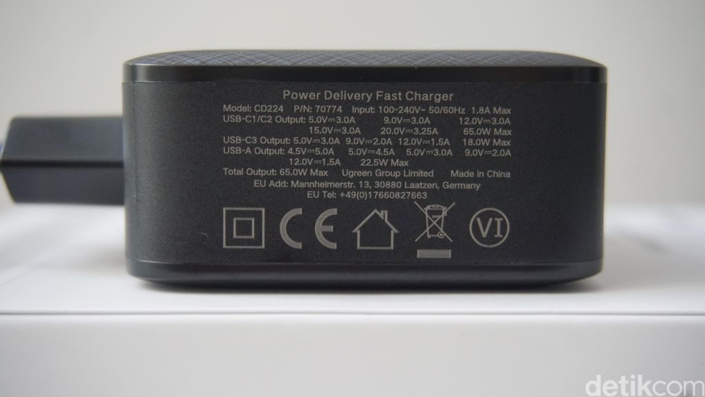 UGREEN Power Delivery Fast Charger GaNX 65W