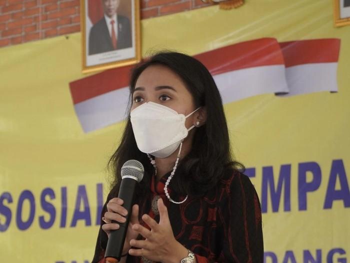 Puteri KomarudinAnggota Komisi XI DPR Fraksi Golkar Puteri Komarudin
