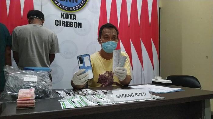 BNN Cirebon tunjukkan barang bukti