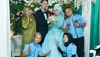 Viral Nikah di Gang Sempit dengan Dekorasi Mewah, Ini Respons Tetangga